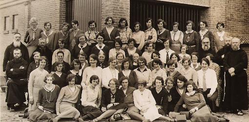 De zelatricen van de St.Fidelis-Missiebond uit Langeweg en omgeving in 1932