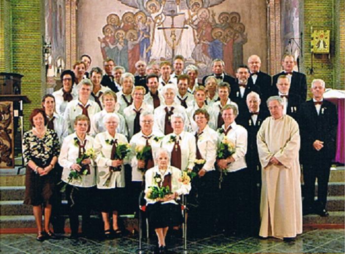 Het koor tijdens de huldiging van 7 jubilarissen in 2006